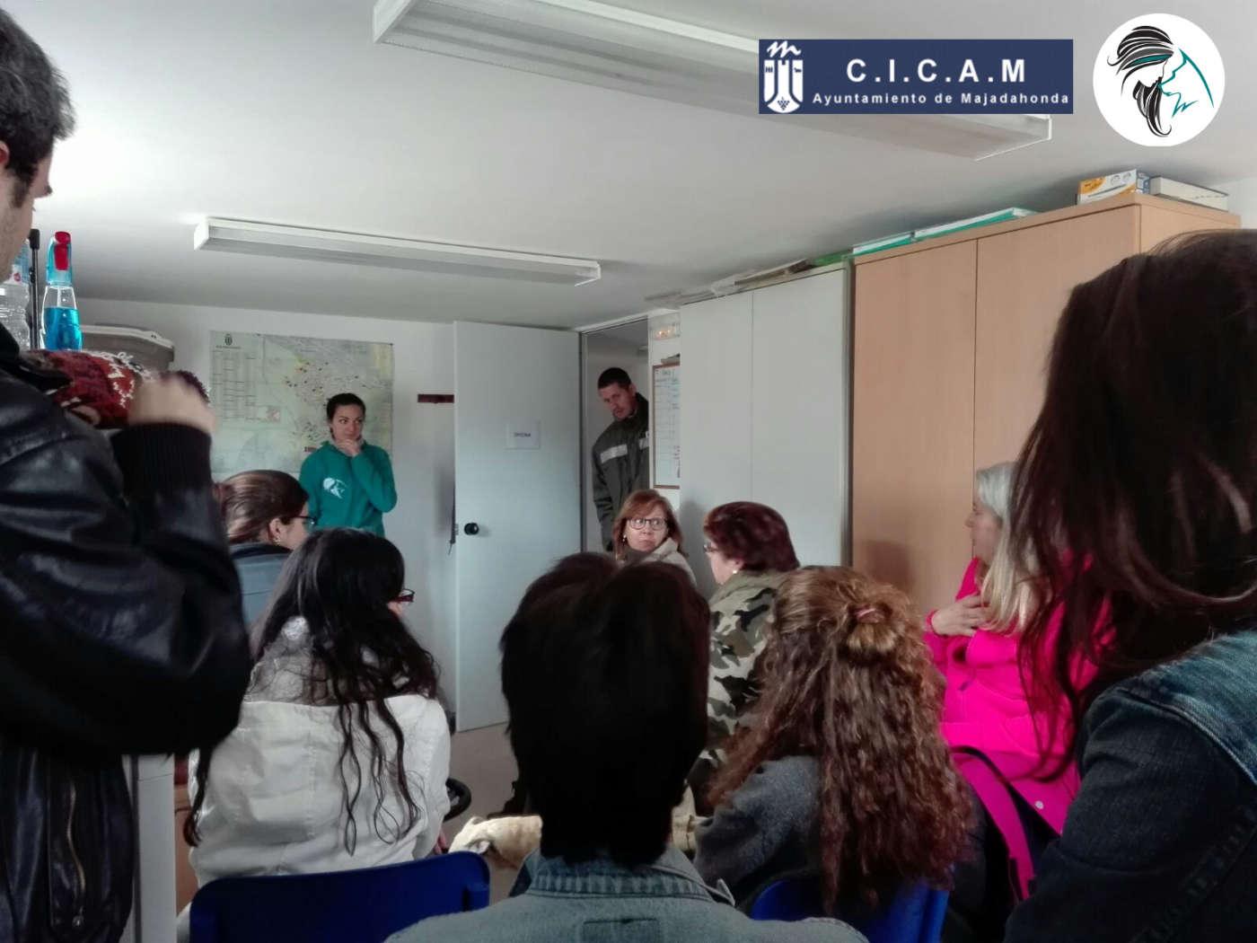 Charla de CICAM para voluntarios