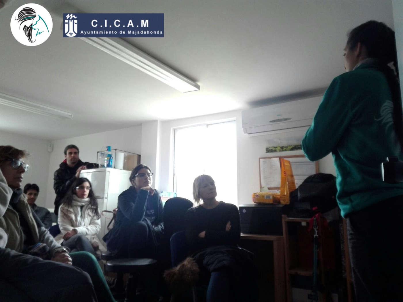 Charla para voluntarios de CICAM