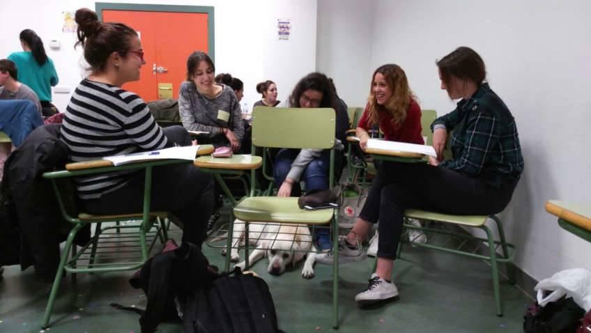 Intervenciones asistidas con animales como alternativa psicoeducativa - Universidad Complutense de Madrid